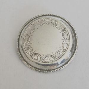 Broche sympa femme moderne Broche en argent forme ronde avec des jolies dessins
