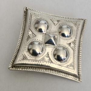 Broche cadeau bijou femme Bijoux touaregs,Broche en argent massif forme losange avec des petites protubérances