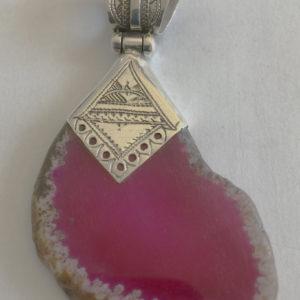 Collier pierre argent mixte Bijoux touaregs, pendentif en argent et pierre rose. Bijoux mixte