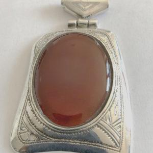 Pendentif argent cornaline mixte Bijoux touaregs, pendentif en argent massif et pierre de cornaline forme rectangulaire Bijoux mixte