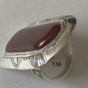 Bague Cornaline pour femme Bijoux touaregs, Grosse bague rectangulaire en argent et pierre de cornaline de taille 58 bijou pour femme.